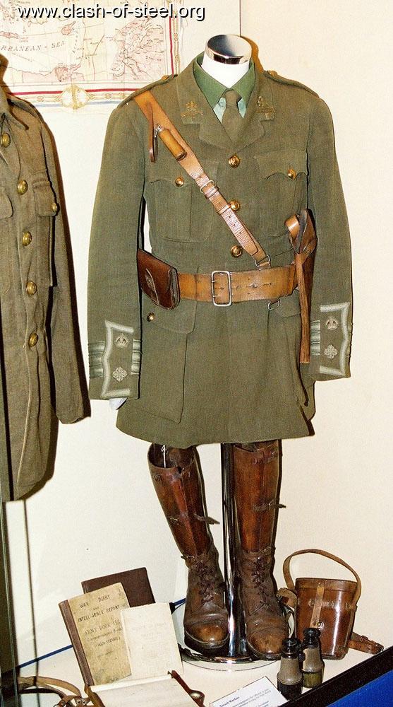 British Officer Uniform 110